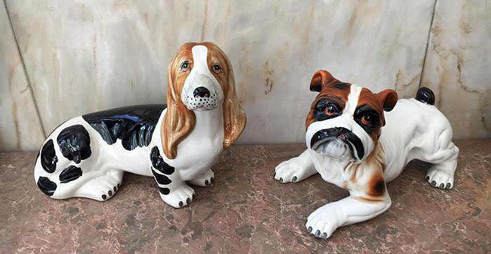 Pair of glazed polychromed terracotta dogs, from the 60's, Portugal