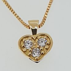 18 kt gold diamond 0,18 kt pendant in red gold with 3 diamonds including 50 cm box link necklace