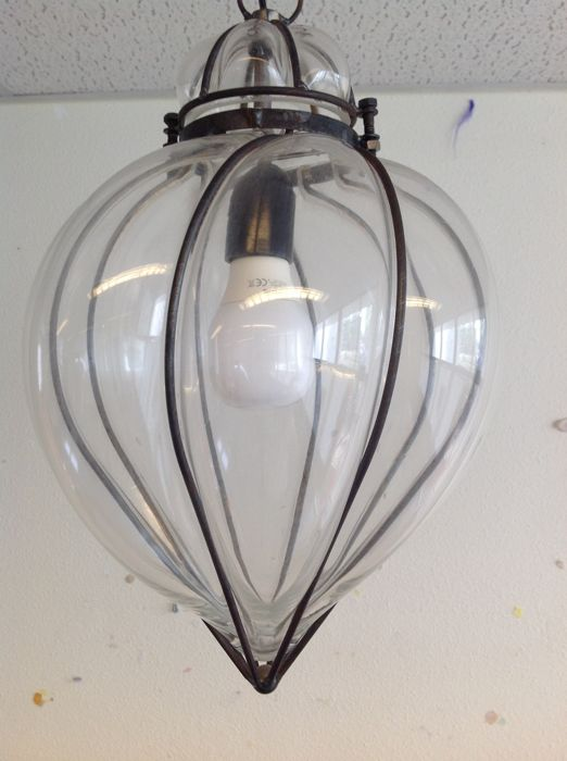 Venetian hanging lamp in drip shape