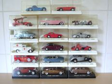 Solido - Scale 1/43 - Lot with 17 Age D'Or oldtimer models