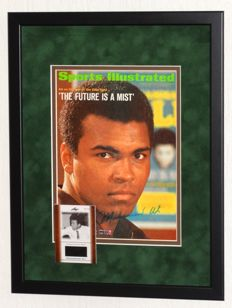 Muhammad Ali original signed Sports Illustrated cover + Limited Edition piece of worn clothes + Certificate of Authenticity