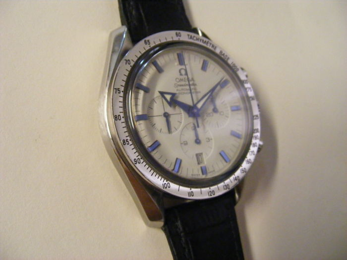 Omega Speedmaster 'Broad Arrow' automatic men's wristwatch, 42mm.