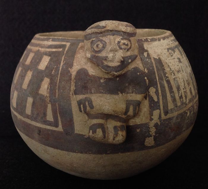 Pre-Columbian Chancay bowl with a human figure - Peru - 11 cm