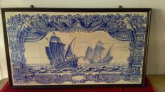 Painting with caravels from the 16th century in 45 tiles.