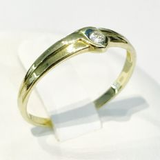 Gold women's ring, 14 kt, with brilliant cut diamond, 0.10 ct. – ring size 56.5 / 18.25 mm; no minimum price