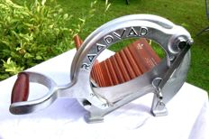 Raadvad - Cutter / Bread Slicer  chrome very rare silver brushed coloured guillotine style