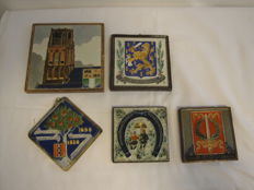Lot with five cloisonné tiles, various potteries