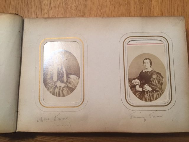 Portrait photos CDV in a leather book - Belgium - 48 x - 1880/1920