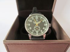 Pobeda 'Luftwaffe' CCCP, Russian men's watch with military dial