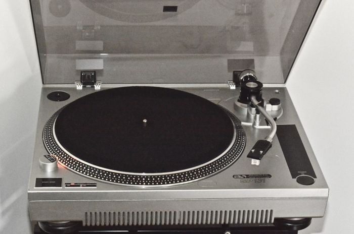 Acoustic Solutions SP 131 turntable deck