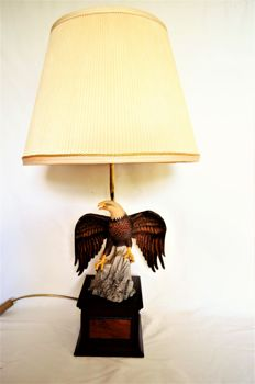 Rare Majestic Sea Eagle table lamp - Ronald van Ruyckevelt by Franklin Mint