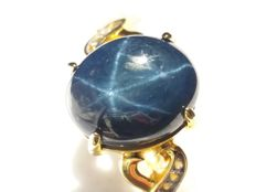 Hard to come by Natural 6.27cts Madagascan Star Sapphire with Brazilian White Topaz Midas ring.