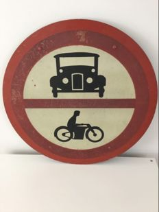 Traffic sign - Antique - Metal - Circa 1930