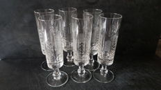6 finely crafted champagne flutes in Bohemian crystal