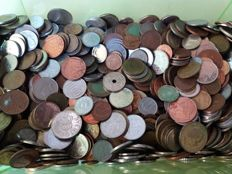 World -- Lot of world coins -- Over 10 kg