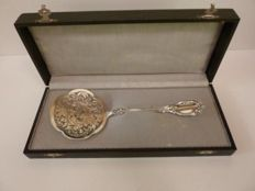 Antique silver heavy strainer, late-Biedermeier, from Germany for the Dutch market