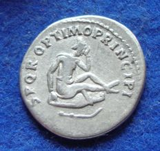 Roman empire - Denarius of Traianus (98-117 AD) minted in Rome during the fight against the Dacians (618)