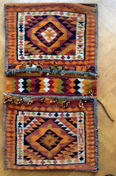 Kilim, double camel bag / saddle bag – Middle East – handwoven – measurements 104 x 58 cm