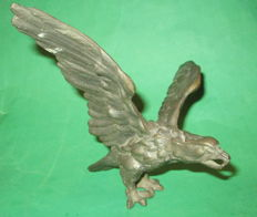 Large bronze eagle of the Alpine Troops