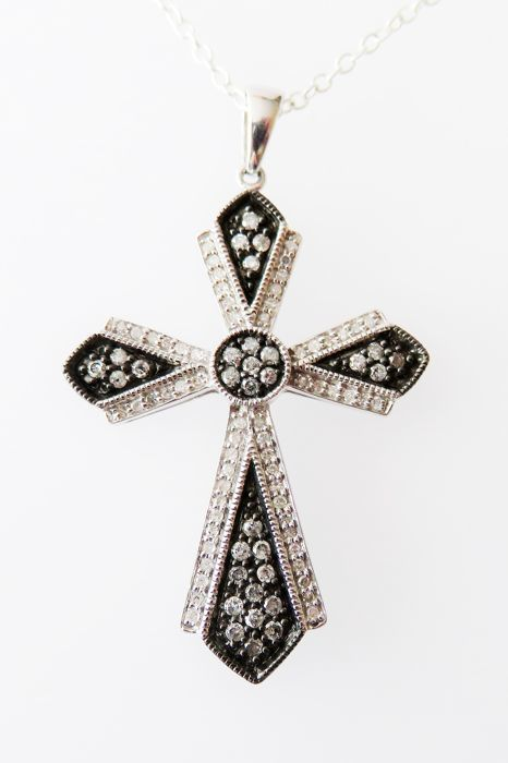 925 Silver Pendant with Diamonds 0.81 ct - Dimensions (chain): approx. 45 cm (length)