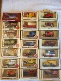 Lledo / Oxford - 1/76 - advertising vehicles - lot of 82 models