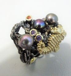 Unique sterling seahorse ring with black pearl, Sapphire and Amethyst