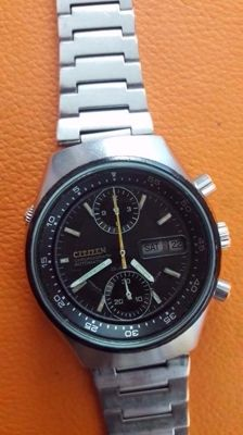Citizen 8110 ,chronograph ,,flyback  ,sport ,1970s