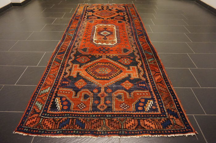 Semi-antique -Persian carpet- -old patina Bidjar- -made in Iran- -plant dyes- -132 X 325 cm-