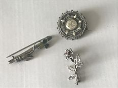 3 silver Brooches