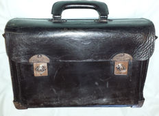 Toolbox bag for your classic car