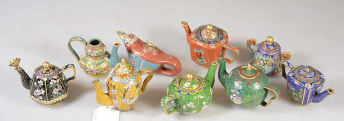 Collection Franklin Mint enamel teapots - England - 20th century