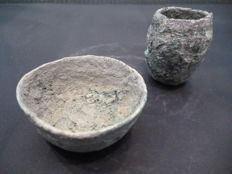 Roman bronze votive miniature bowl and cup - diam 55 mm (bowl) / diam 30 mm (cup)