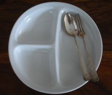 Original porcelain plate and silver ware / WW 2 / Wehrmacht - canteens plate with manufacturer