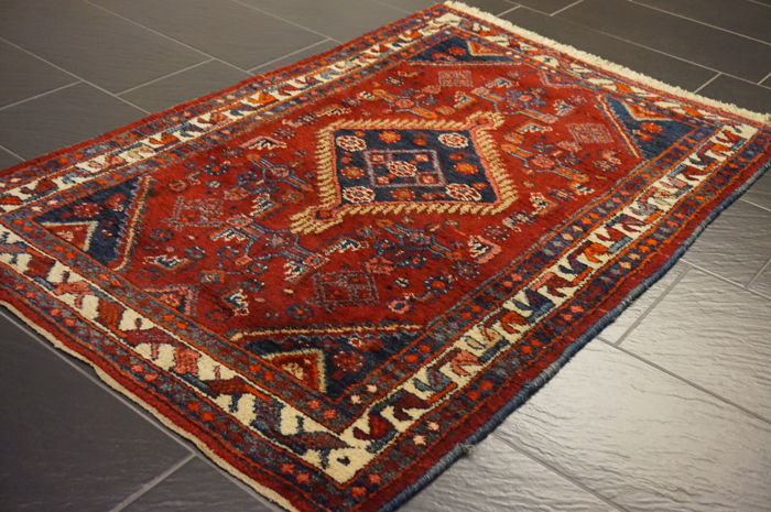 Old high-quality Persian carpet – Hamadan – made in Iran – 105 x 160 cm –