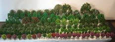 Scenery H0 - Lot with 168 model trees/trees.