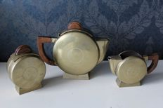 Beautiful art deco coffee / tea set