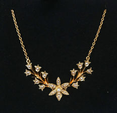 Biedermeier necklace with pendant, collier with pearls made of gold 625 / 15 kt, antique, circa 1830-1850