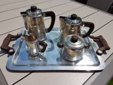 Antique coffee and tea serving set, with large matching art deco trays, Christofle, 1930, butter dish included at no additional charge