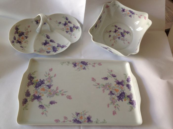 Manifattura di Verona, exclusive set in very fine hand-painted porcelain