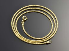 18k Gold Chain. Choker Necklace - 44.5 cm. No reserve price.