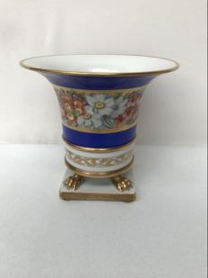 Beautiful porcelain Herend Hungary vase.