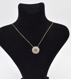 14 carat yellow gold necklace  with circle pendant , chain length : 45  cm   approx