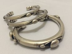 Three solid silver cuffs - Egypt - 1945 - 149 grams