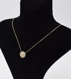 14 carat yellow gold necklace  with circle  pendant
