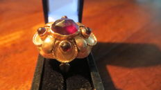 Yellow Gold Women's ring set with Wine red Garnets. Low Reserve Price!