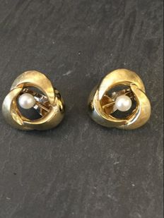 14 kt gold clip-on earrings