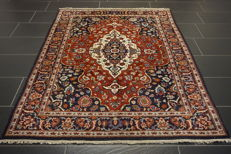 Magnificent handwoven oriental carpet, Indo Qom Nain, 130 x 190 cm, made in India