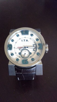 ITA Italia Technica Artigiana Lounge – watch
