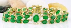 20.72 carat Exclusive Natural Colombian Emerald and Diamond Bracelet in 14K Yellow Gold -No Reserve Price-