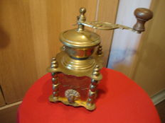 French copper coffee grinder decorated with daisies